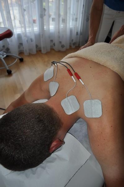 ... Unter Anderem Ihre Anwendung Zur Schmerzbehandlung, Bei  Durchblutungsstörungen, Erkrankungen Des Bewegungsapparates, Lähmungen Und  Muskel Schwäche.
